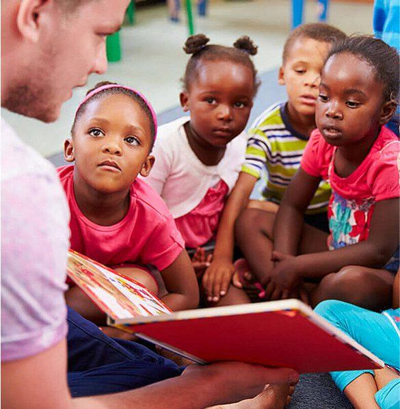 preschool kids arriving in classroom